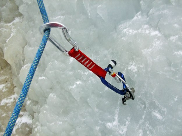 Grivel-360-Ice-Screw Crank Opening Gate of Carabiner